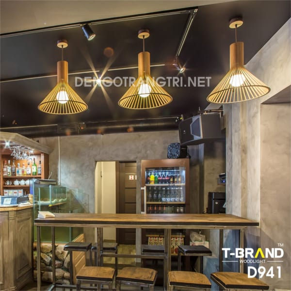 đèn gỗ treo trần nhà hàng