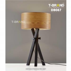 đèn bàn gỗ