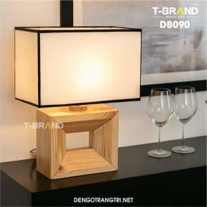 đèn bàn bằng gỗ
